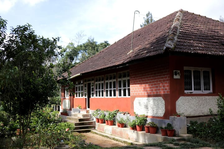 150 years old Vintage Homestay