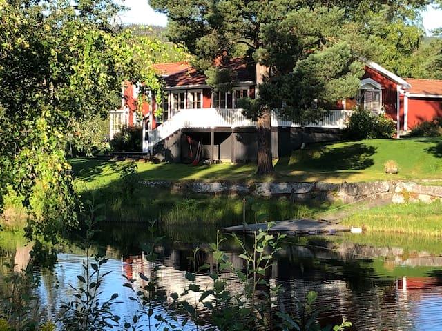Villa 2  med strandtomt i Järvsö centrum