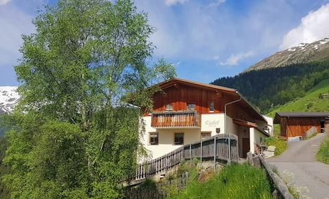 Auszeit a.d. traditionellen Bergbauernhof- Egghof