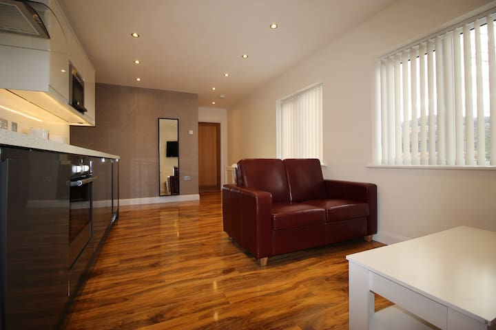 Y3 Apartments, Painswick Suite - Gloucester - Apartment