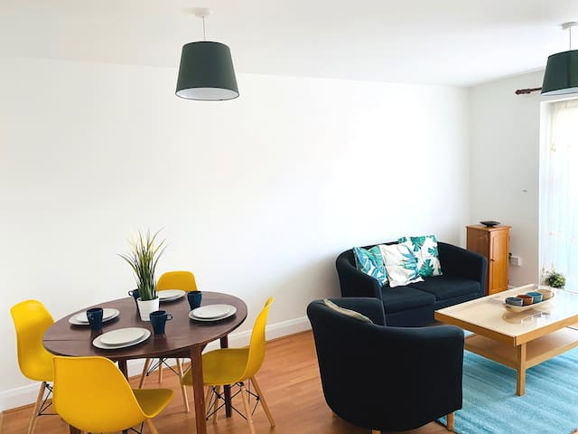Bright and airy stay. Wembley Stadium/Arena/Outlet