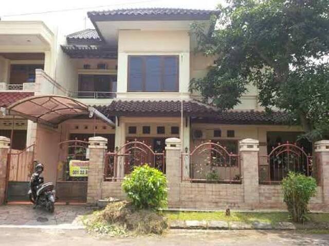 rumah tinggal 2 lantai  - semarang - House