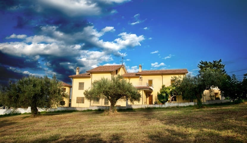Il Casolare Di Nonno Mario - Manoppello - Bed & Breakfast