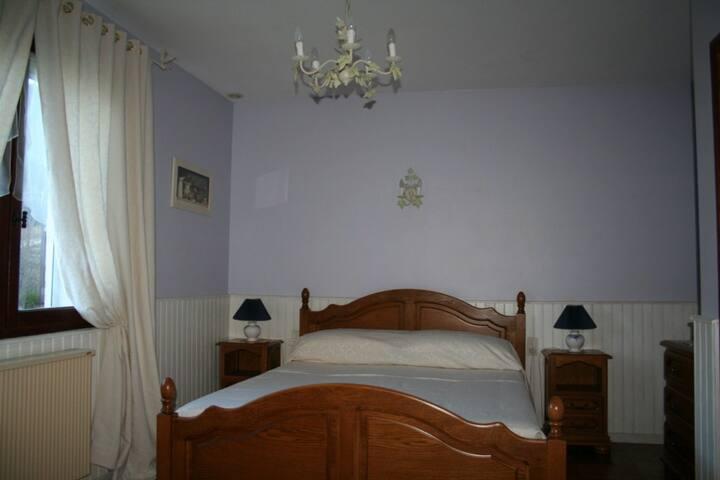 Quiet riverside B&B - Lavender - Belvianes-et-Cavirac - Bed & Breakfast