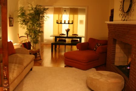 1700sq.ft. Furnished home Near Duke