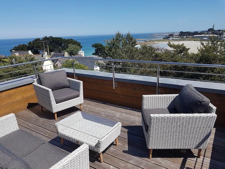 Villa cosy avec vue sur mer et piscine