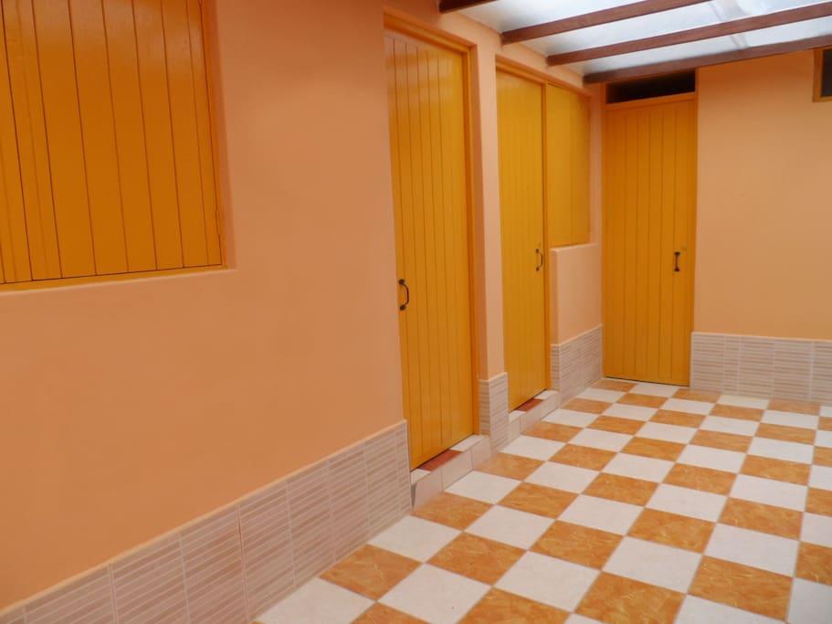 Hall acceso a dormitorios
