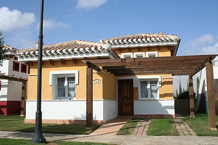 Mar Menor Golf Resort Villa with pool (4 persons) - Torre-Pacheco