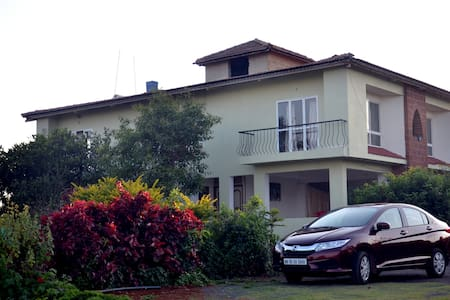 Bungalow NON AC (04 bed-rooms)