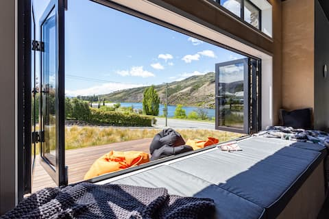 Lakefront Tranquility Central Otago (Cromwell)