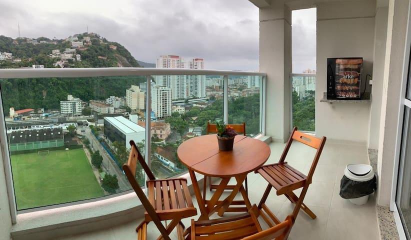 Apartamento Novo 50m praia Wi-Fi e Ar-condicionado