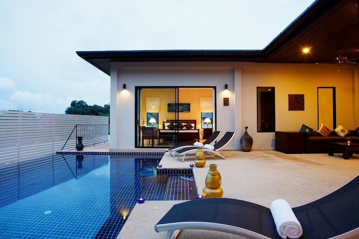 PEARL VILLA: 6 Bedroom Private Pool Near Beach - Rawai - Casa