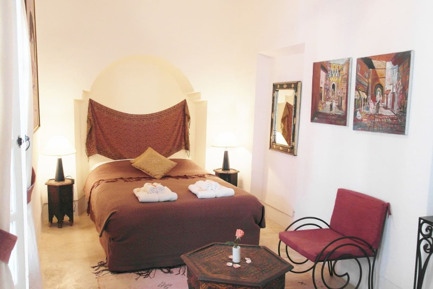 YOUR ROOM IN A RIAD - B&B + WIFI 4