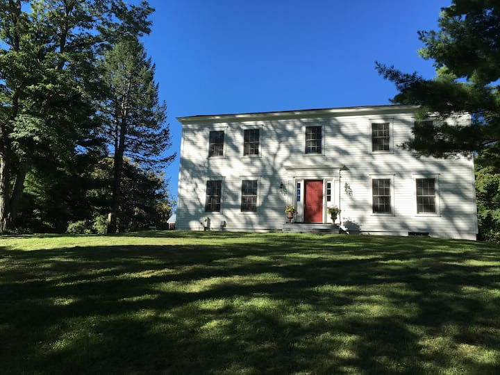 Restored 1820 country farmhouse