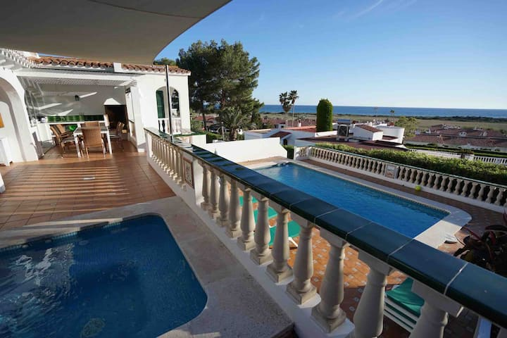 Villa with pool and amazing sea view Casa Mirablau