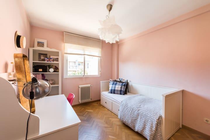 Adorable habitación en la sierra madrileña