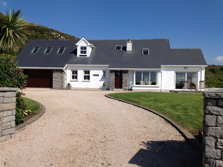Luxurious Ard Na Mara with Panoramic Sea Views
