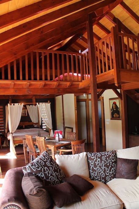 chalet bois loft 100m2 lofts for rent in savanah province sud new caledonia. Black Bedroom Furniture Sets. Home Design Ideas