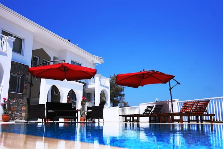 The Royal Links two bedroom apartment - Sarıgerme - Apartamento