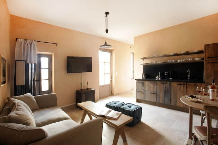 Charming family Cottage  Carignan