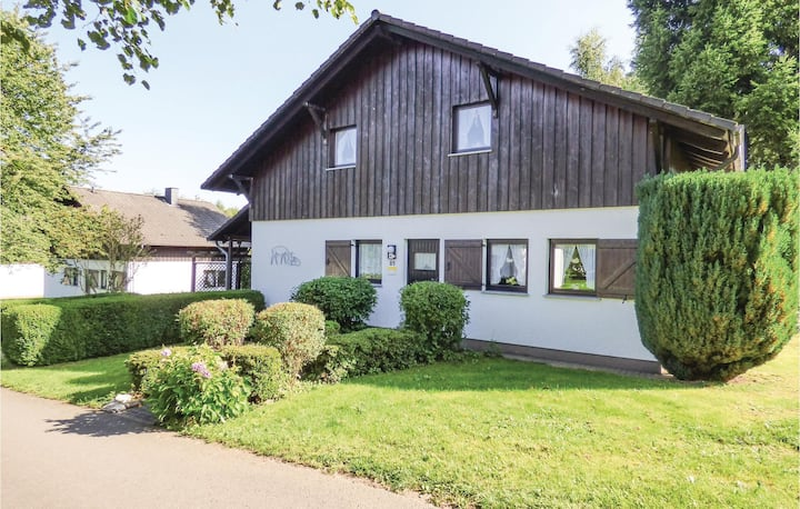 Amazing home in Thalfang with 3 Bedrooms and WiFi