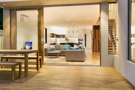Brand New Modern Beach House - 巴望頭(Barwon Heads) - 獨棟