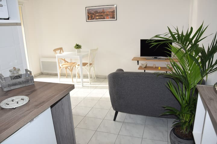 Bright and cosy 1 bedroom flat with a pool - Anglet - Appartamento