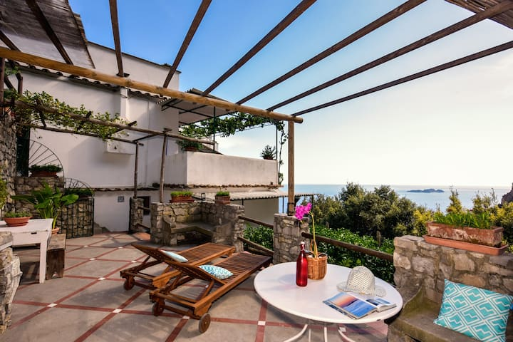 "Villa Punta del Sole ""Studio Apartment"" Positano"