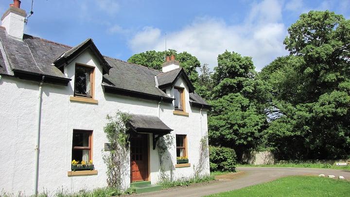 Keeper's Cottage-A Highland getaway