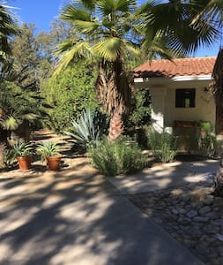 Ojai East End Cottage in Orange Grove $3750/month