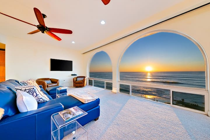 Oceanfront Penthouse with Views & Steps from Windansea!