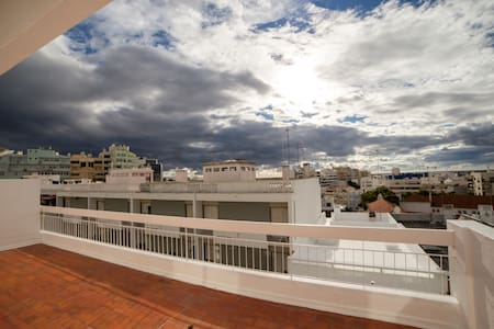 Amazing terrace house downtown - Faro - Lejlighed