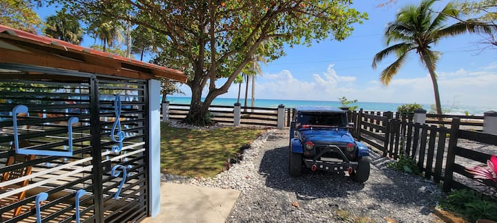 Beautiful private beachfront house in Bani. 3 Beds