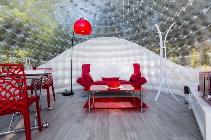 La Red Bubble & SPA, bulle & bain à remous, nature