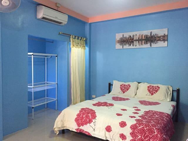 Kamala  room for rent