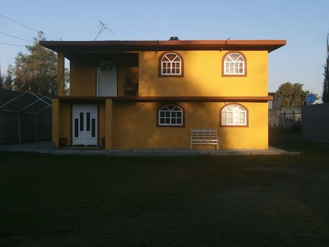 Casa Mercedes Roldan