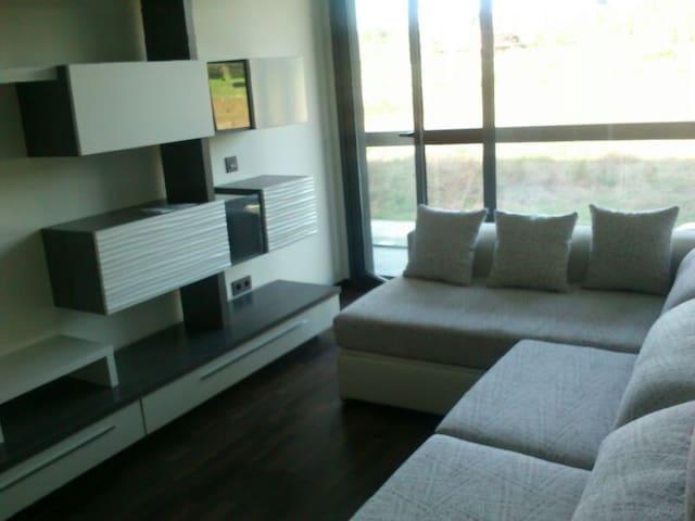 Bonito piso a 10 min. del centro. 2 habit + salon - Gijón - อพาร์ทเมนท์