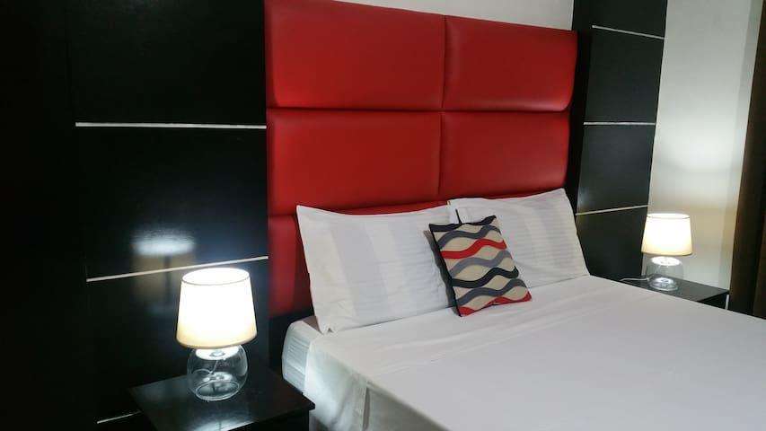Luxury Suite M