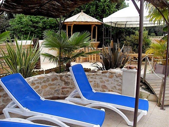 Gite 6 per piscine avec abri retrac - Meursac - Talo