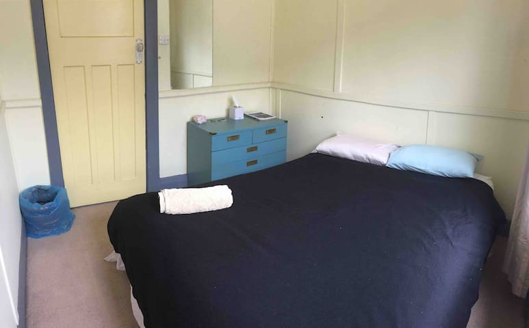 Queen bed, private room