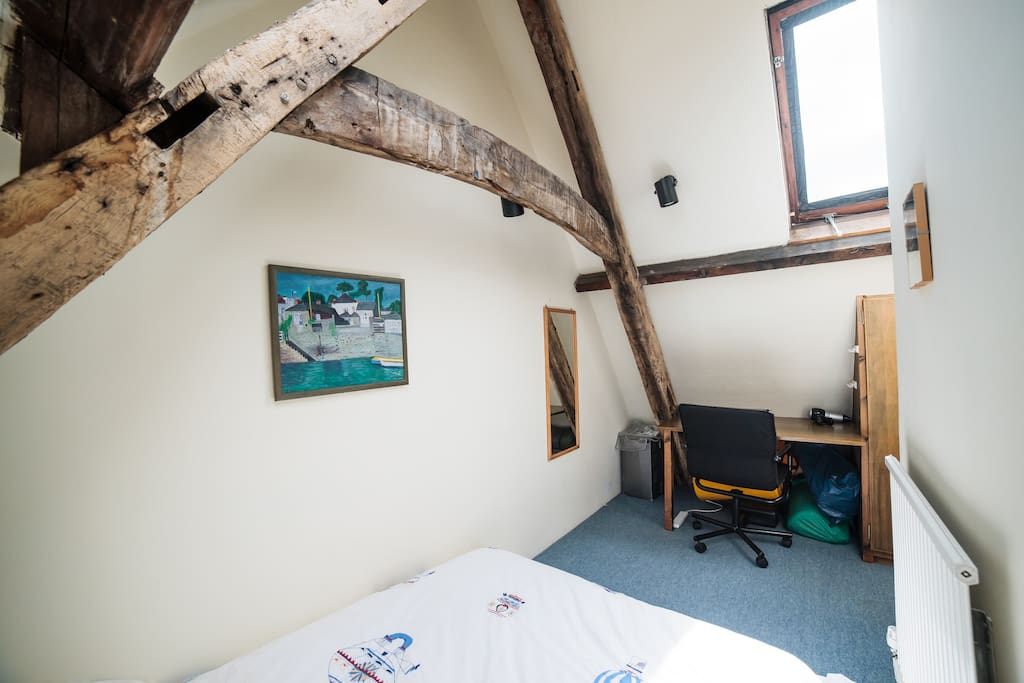 16th century A frame beams in your bedroom