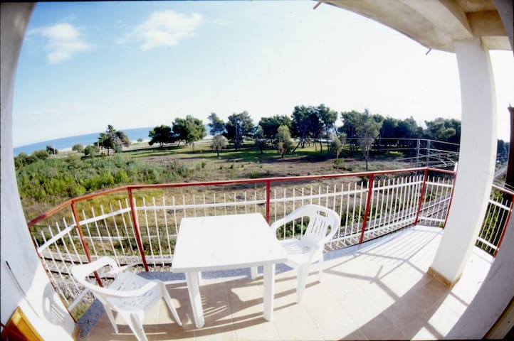 Apartment with balcony beach view - Villapiana Lido - Apartemen