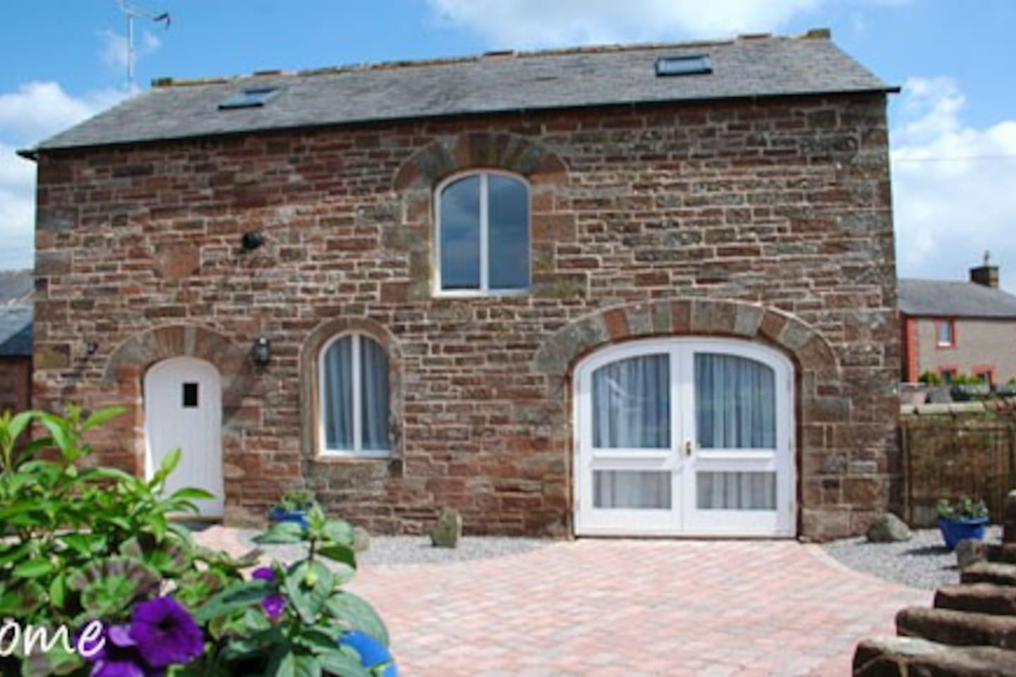 Journey into the heart of the Eden Valley, close to the Lake District and you will find The Old Coach House in the tranquil hamlet of Winskill, Cumbria.