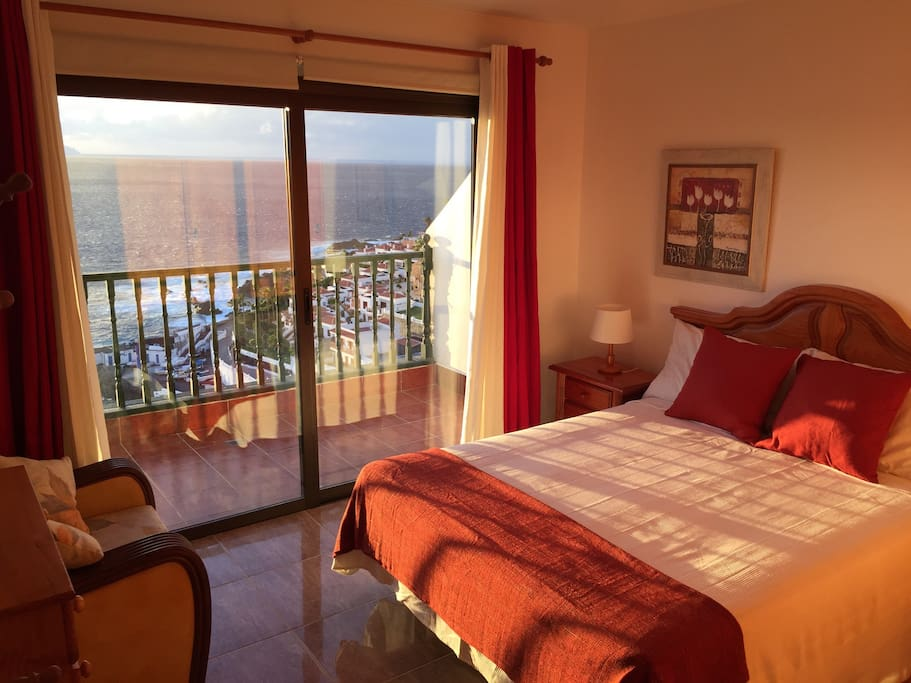 The main bedroom with private balcony and views to La Gomera
