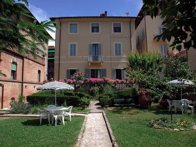 B&B Villa Fiorita  Matrimoniale