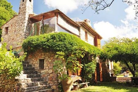 Traditional villa with pool in hills of Ramatuelle - ラマチュエル