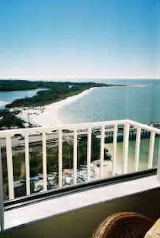 Lovers Key Beach Penthouse March 10-16 Only $1,395