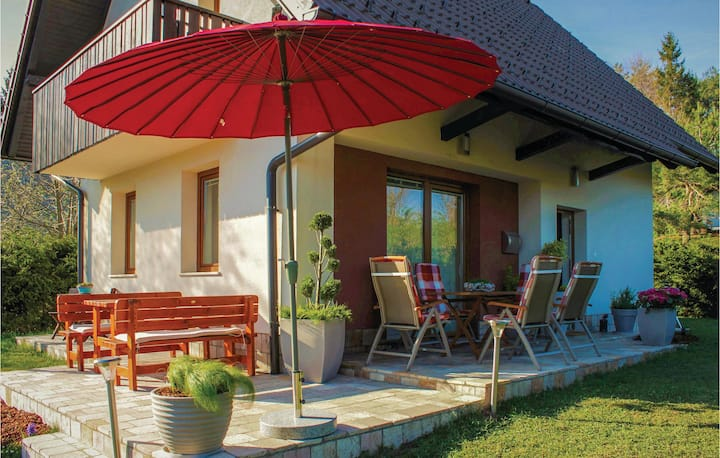 Nice home in Preserje with Sauna, WiFi and 3 Bedrooms