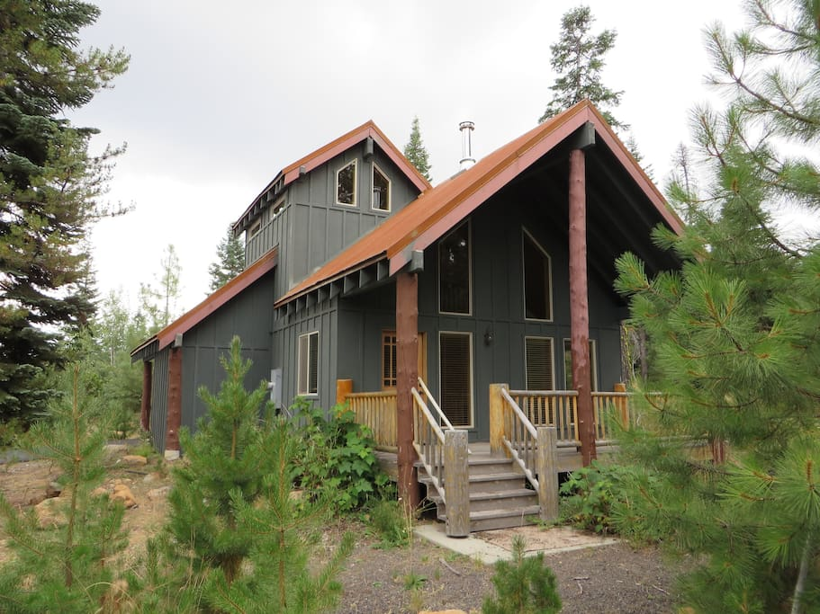 Cabin close to lake of the woods crater lake cabins for Cabin in the woods oregon