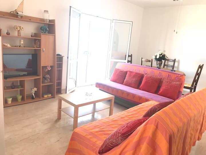 Villa au bord de mer, étage complet